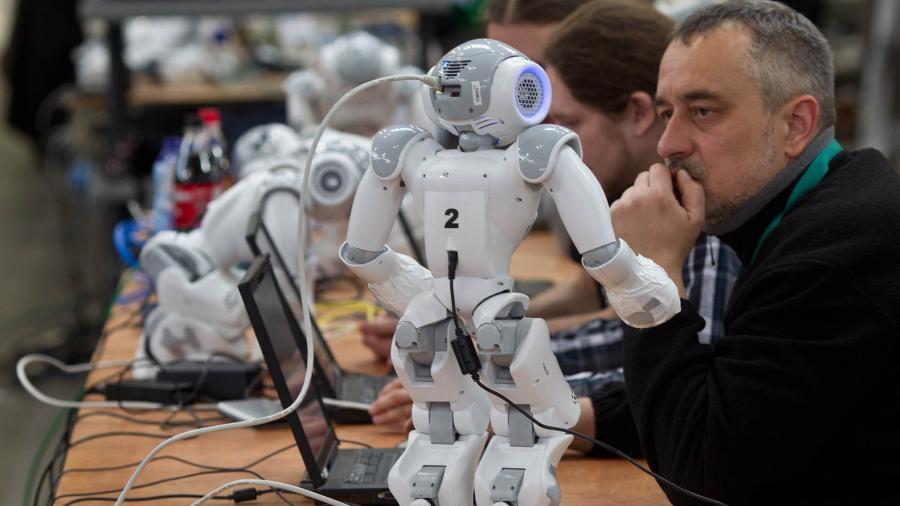 На каком этапе находится работа по разработке искусственного интеллекта в Израиле?